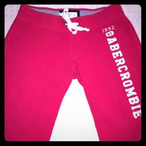Abercrombie & Fitch Red Skinny sweatpants size M